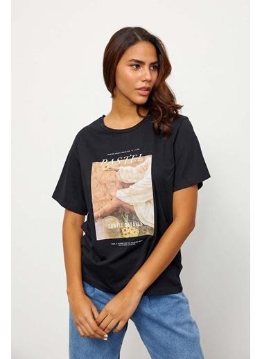 Setre Ekru Kısa Kol Baskılı T-Shirt Siyah